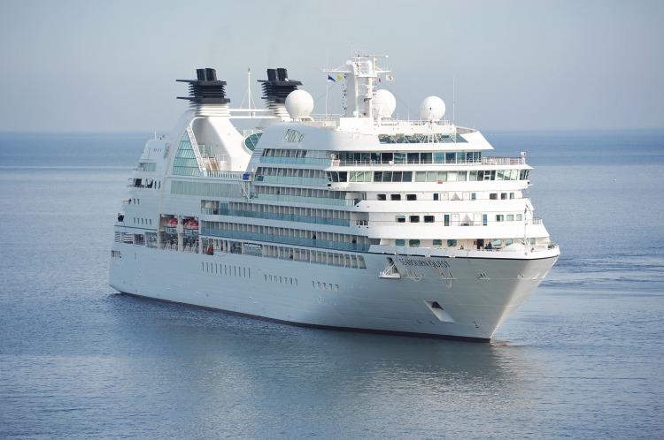 Cruise ships post coronavirus